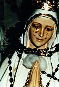 Maria huilt tranen van bloed