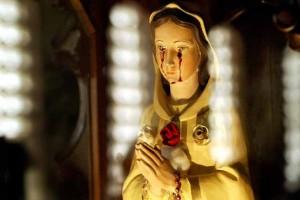 Mary appearance