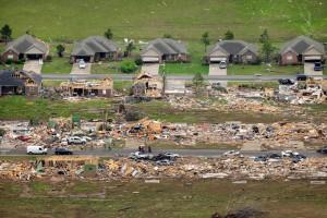 killer tornado's VS april 2014