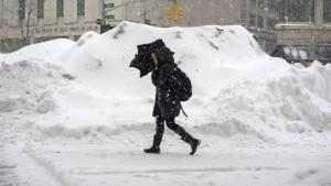 New York awaits heaviest storm in history